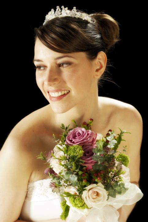 Die perfekte Brautfrisur für den schönsten Tag im Leben